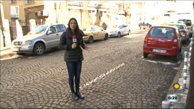 Коли, паркирали на кръстовища и пешеходни пътеки, остават без санкции