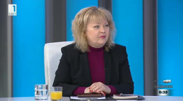 Любка Маринова: Поставят се пешеходни пътеки на места, където не трябва да има