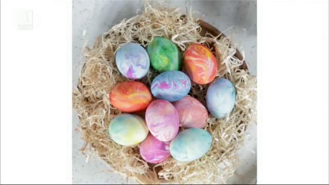 Как да боядисаме яйцата с пяна за бръснене