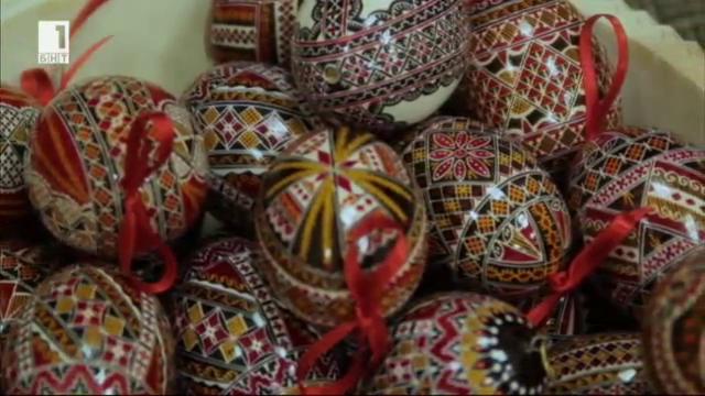 Кои са символите, кодирани в шарките на румънските великденски яйца