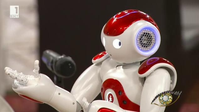 Роберта и Роби – първото семейство хуманоидни роботи у нас