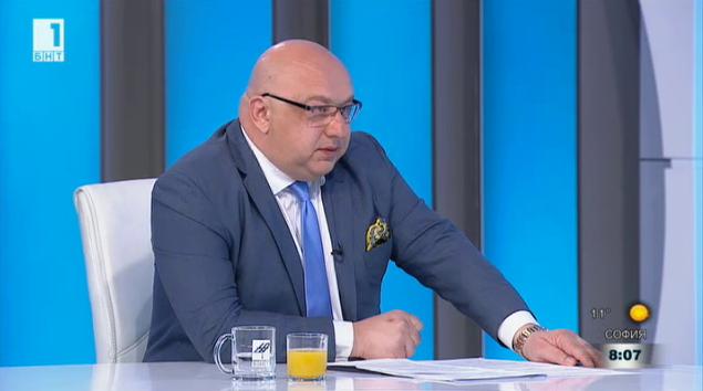 Красен Кралев: Основният пропуск е, че санкции търпят клубовете