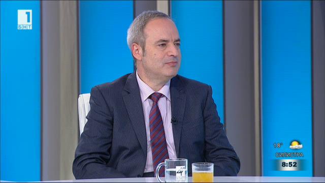 Проф. Анастас Герджиков: Трябва да дадем ясна европейска перспектива още сега