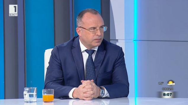Румен Порожанов: Невъзможно е да се въведе минимална изкупна цена на розов цвят