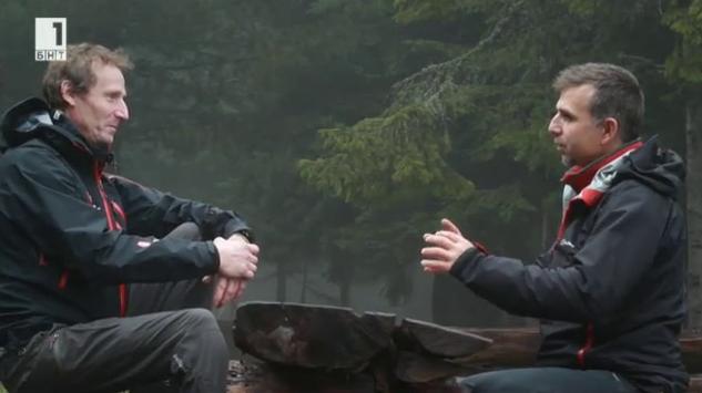 Боян Петров в ролята на репортер - интервю с полския алпинист Януш Голомб