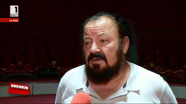 Калуди Калудов празнува 40 години на сцената с опера на манежа