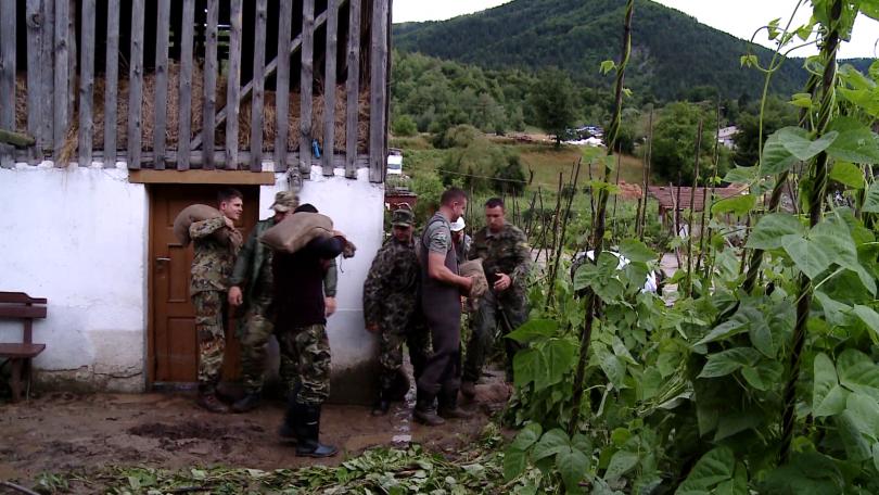 Пътят Смилян-Рудозем е затворен, Смолян очаква отмяна на бедственото положение