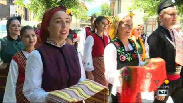 Фолклорна атракция за жителите и гостите на Банско