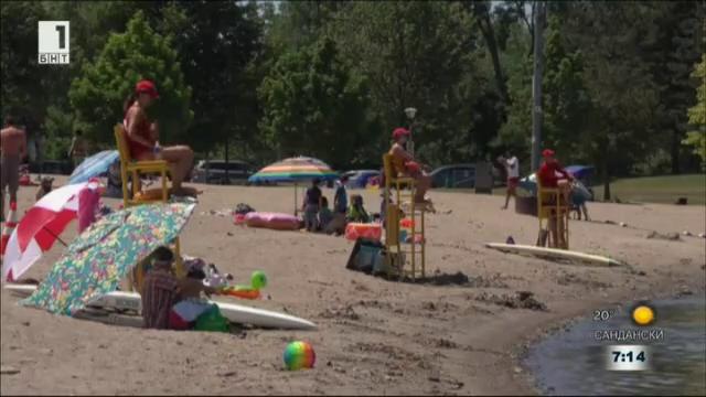 Топлото време в Канада взе 19 жертви
