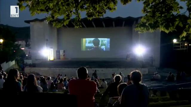 Пътуващото лятно кино на БНТ в Стражица