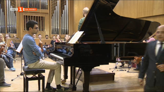 Концерт на Академичния симфоничен оркестър и студенти от Швейцария