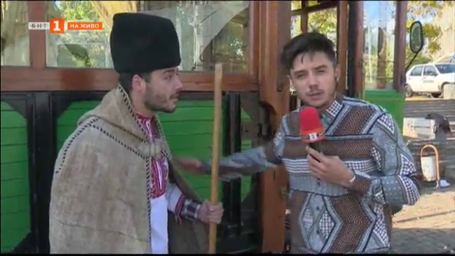 Ретро трамвай пътува в София