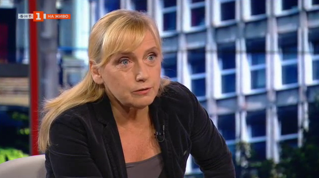 Елена Йончева: Вотът на недоверие е минал сред обществото