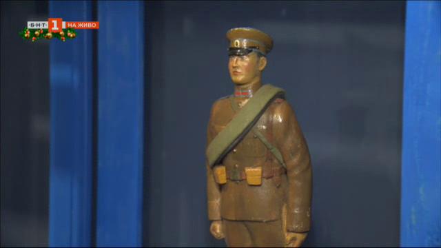 Изложбата Българската армия. Приказки за деца