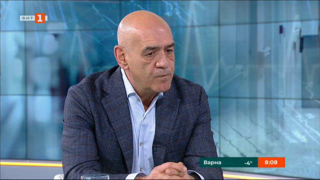 Д-р Дечо Дечев: Няма никакъв риск за достъпа на деца до лечение в чужбина