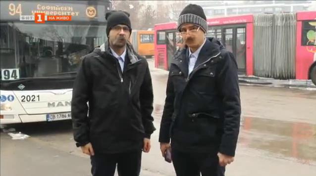 Павел и Ицака в кампания срещу нередовните пътници в градския транспорт