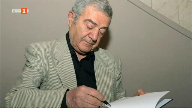 Стефан Цанев с Икар за изключителен принос към българския театър