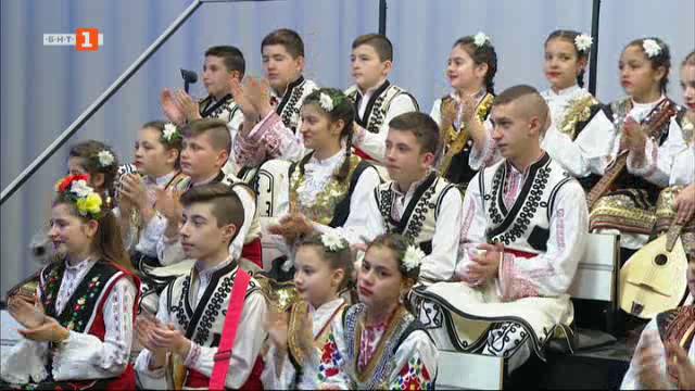 "Лауреатите от Националния музикално-танцов конкурс ""Пиленце пее"" 2018"