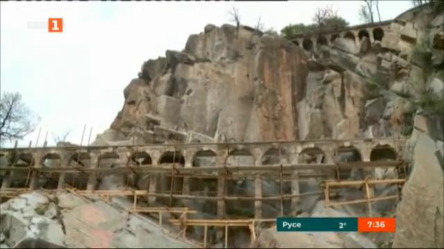 Вандалска проява на акведукта на Бунарджика в Пловдив