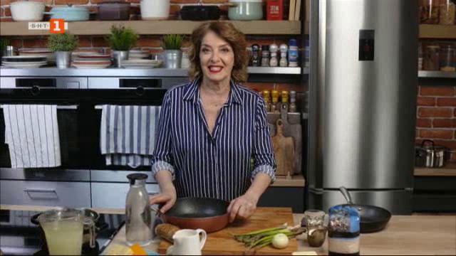 Крем супа с три вида сирена и ризото с бяло вино и аспержи
