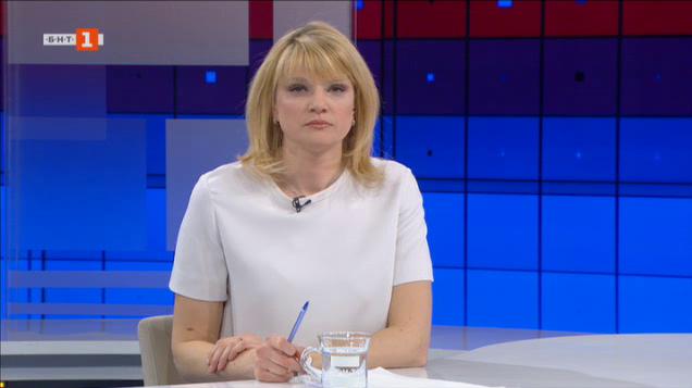 Пенсии, заплати, помощи. Говори социалният министър Бисер Петков