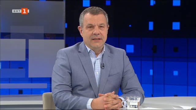За политическите ходове преди изборите. Гост - Красимир Каракачанов