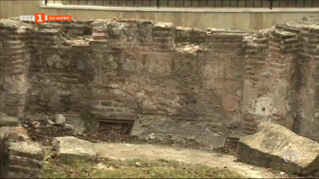 Поглед към изчезналите църкви на София