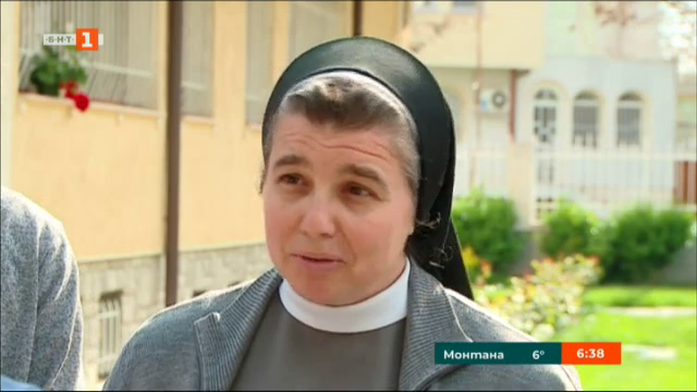 """Сестрите от манастира """"Св. Елисавета"""" в Раковски в очакване на папа Франциск"""
