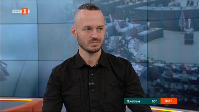 Стойчо Стойчев: Печеливши от скандалите във властта ще са ДПС