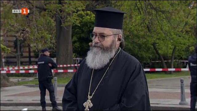 Отец Ангел: Св. Георги чрез страданието  показа силата на вярата си