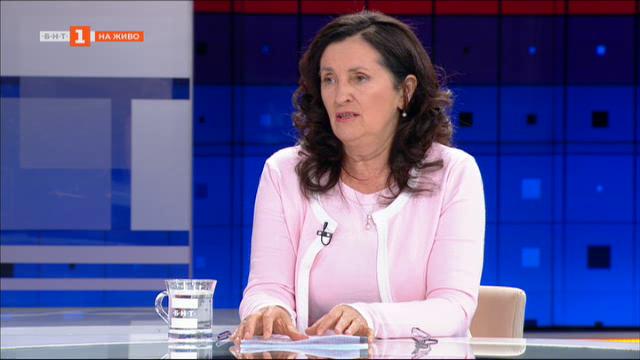 Даниела Бобева: Имаме по-бърз растеж на разходите, отколкото на приходите