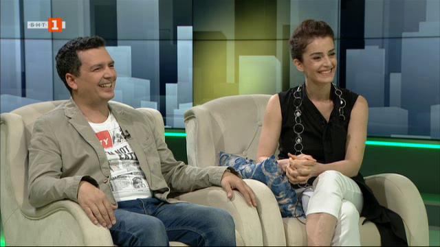Ани Пападопулу и Александър Чобанов – гости в Извън играта