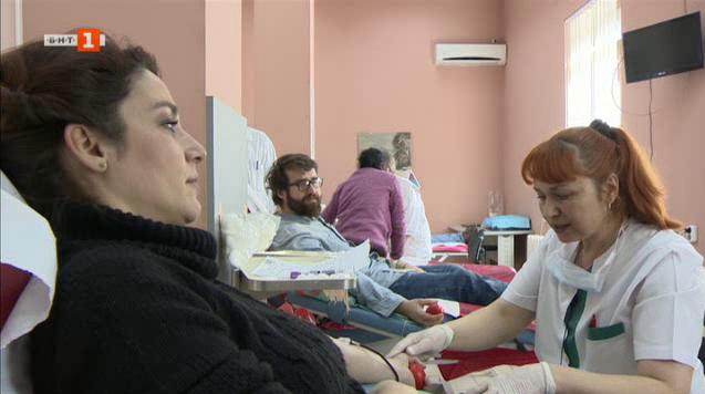 Най-доброто от 100% будни: Удовлетворението да дариш кръв