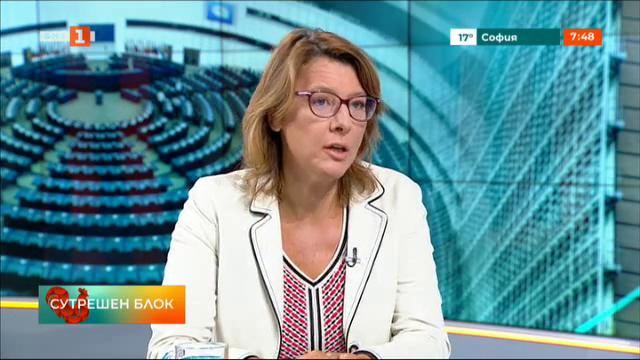 Весела Чернева: Фон дер Лайен дойде в София заради неясната позиция на България