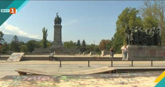 Надраскаха паметника на Съветската армия