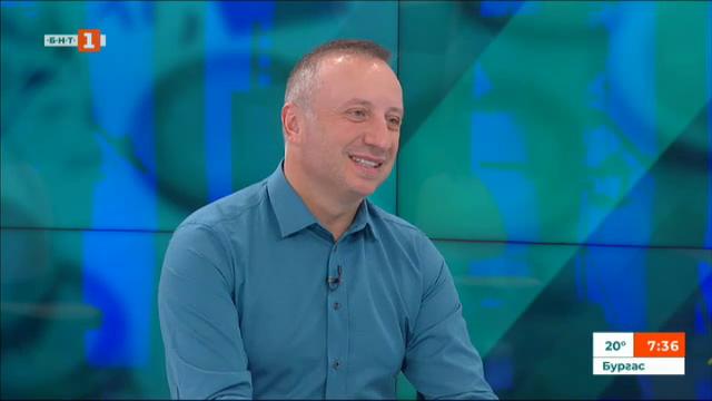 Колко заеми и депозити имат българите - коментар на Тихомир Тошев