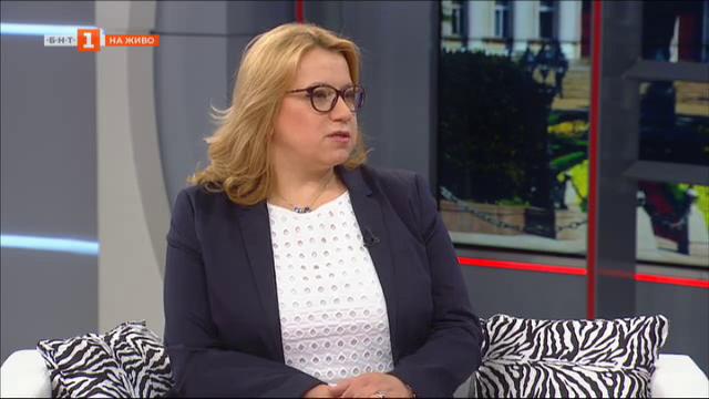 Защо БСП застава зад Мая Манолова - разговор с Деница Златева