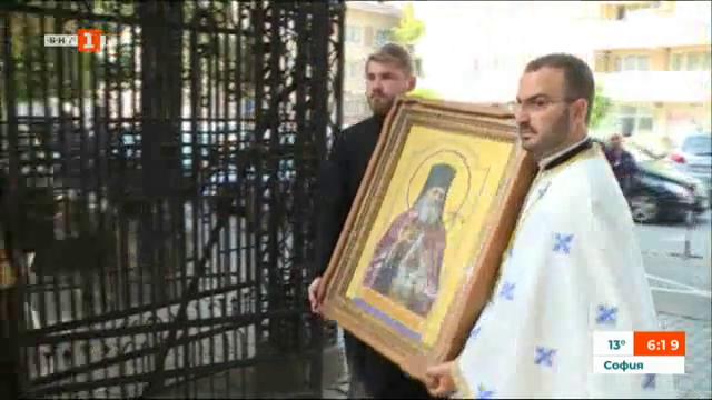 Русенската митрополия получи като подарък икона на Св. Лука Войно-Ясенецки