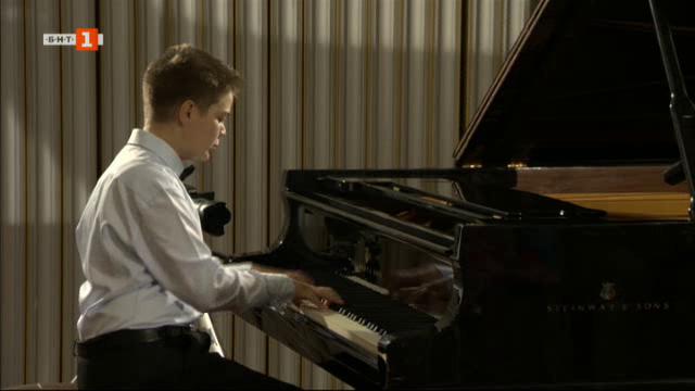 Звездното настояще и бъдеще на 11-годишния Ивайло Василев