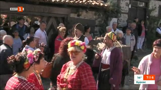 Възстановка на стар пазар в Златоград