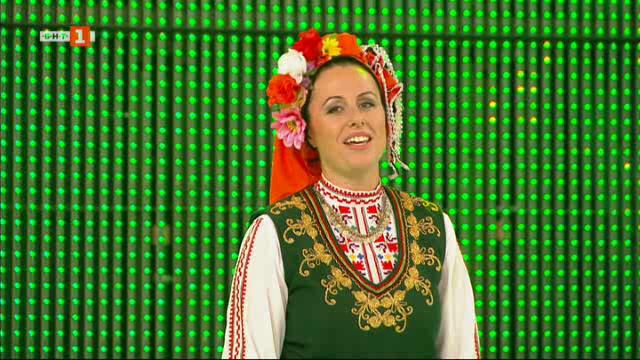 """Младата певица от ансамбъл """"Тракия"""" Дарина Славчева и оркестър """"Мелодика"""""""