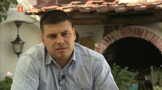 Милен, който доброволно почиства паметници на българските герои