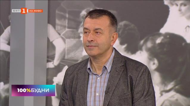 Социалните мрежи и фалшът като начин на живот – психоаналитикът д-р Огнян Димов