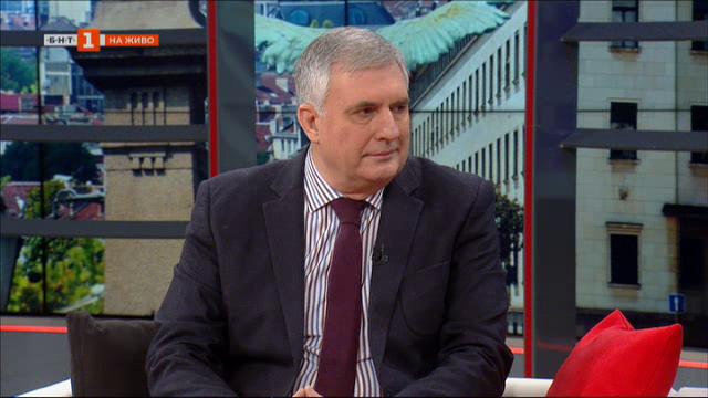 Калфин: Икономическата криза у нас е неизбежна, но се надявам да не е тежка