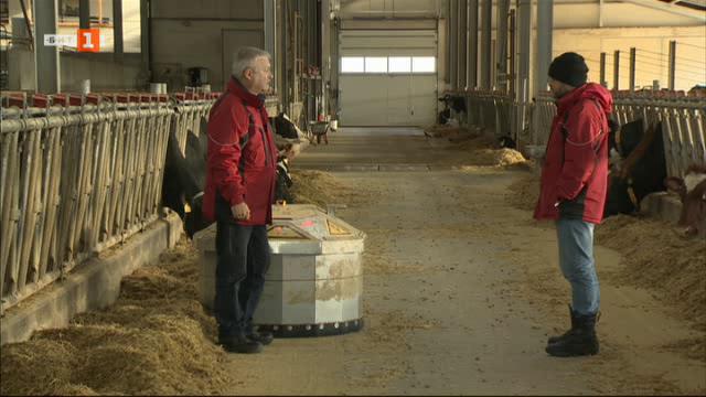 На гости в супер модерната ферма край Рельово