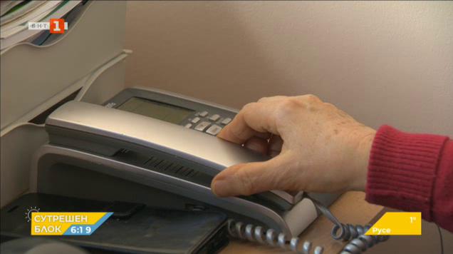 Коронавирусът: Стотици обаждания на горещия телефон