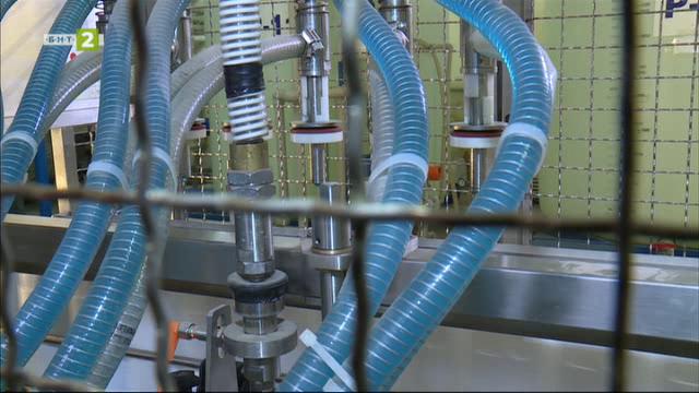 Как работи... фабрика за производство на антифриз