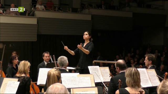 Деляна Лазарова с първо място на международния конкурс за диригенти в Манчестър