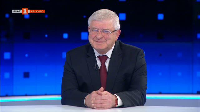 Министър Ананиев: В името на консенсуса отмених задължителното носене на маски