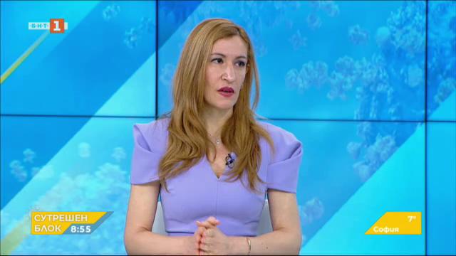Николина Ангелкова: Работим в посока късно лято